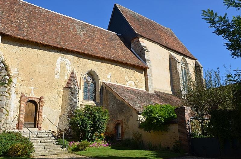Eglise du village de Dicy dans l'Yonne