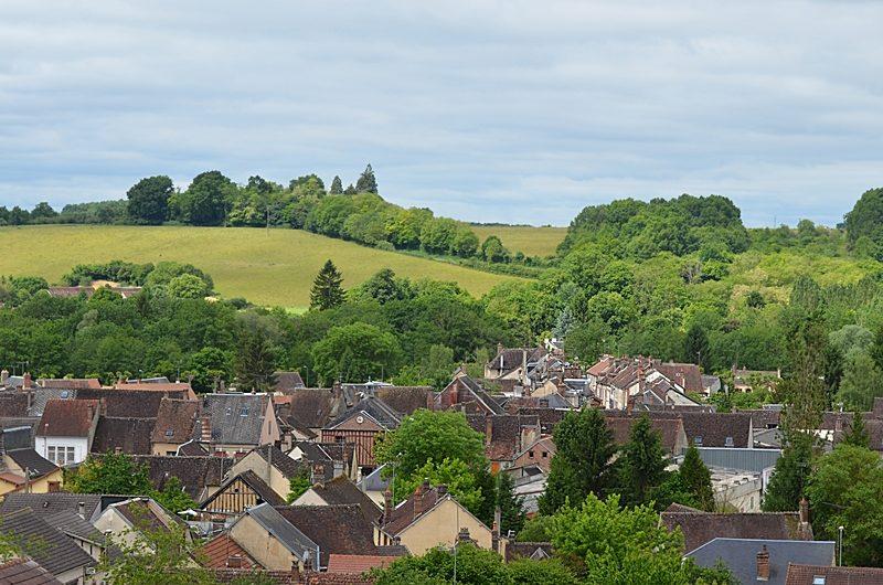 Toits de Charny dans l'Yonne